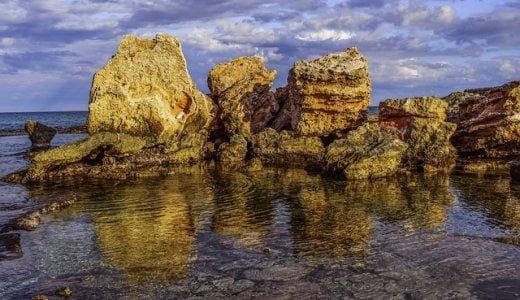 オーストラリアの大自然の海で巨大なアワビを100匹くらい採りに行った話