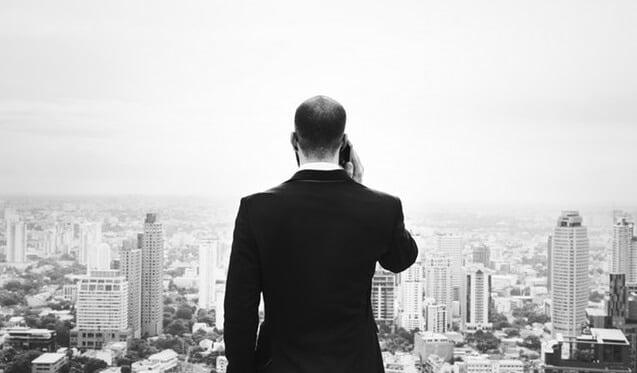 外資系ですぐにクビになるって本当?
