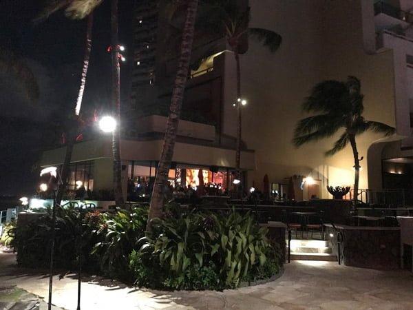 ハワイのクラブ「Rum Fire」