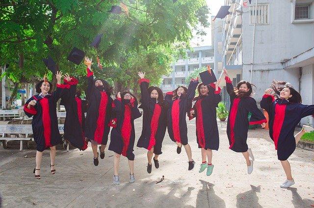 新卒で海外就職する方法